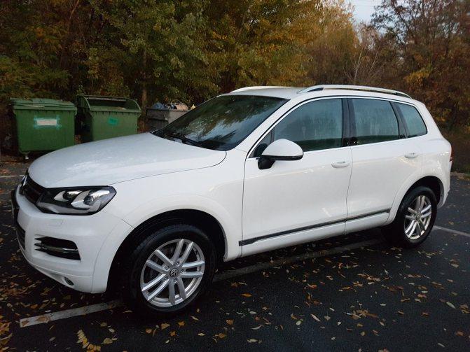 Белый Volkswagen Touareg НФ