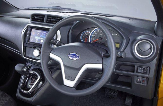 Datsun Cross: бюджетный кроссовер на семерых