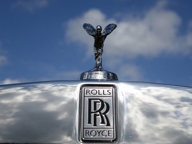 Дух Экстаза на авто от Роллс-Ройс