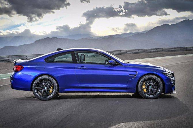 фото BMW M4 CS 2020 вид сбоку