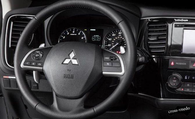 Рулевое колесо Mitsubishi Outlander 2014