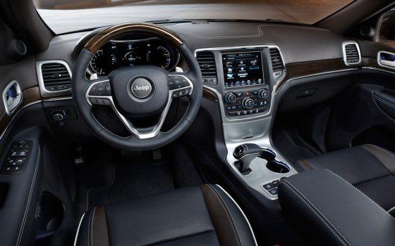 Салон Jeep Grand Cherokee 2014