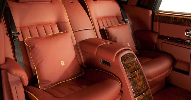 Салон Rolls-Royce
