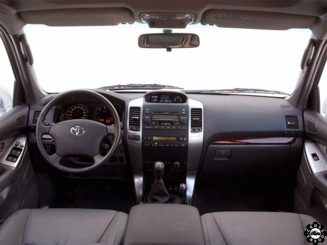 Тойота Ленд Крузер Прадо 120 салон