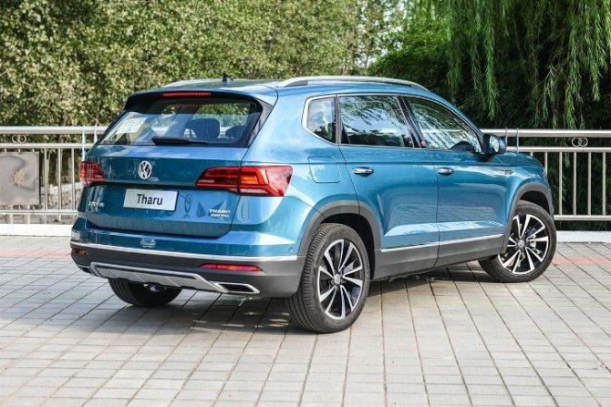 Volkswagen Tharu - вид сзади